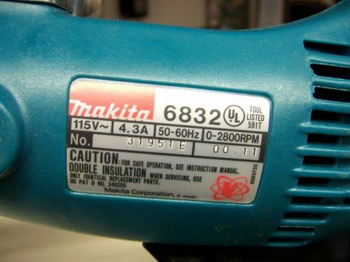 El juego de las imagenes-http://www.chicagopartsnetwork.com/By-County-/DuPage-County-/Fans-and-Blower-/Makita-6832-auto-load-screw-gun-imgpic-1.jpg