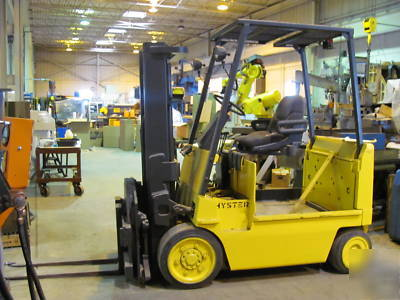 E80XL forklift hi-lo w/ freelift