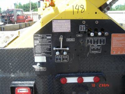 1979 paystar 5000 truck 90FT snorkel bucket lift / boom