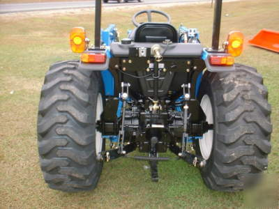 New brand ls tractor S3010 4X4 with quick attach loader