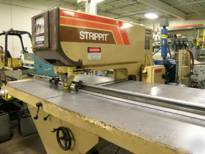 30 ton strippit model super 30/30 fabricator